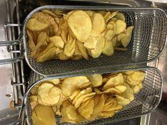 In cottura le patate Chips