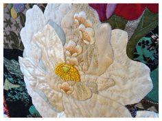 Quilt by Atsuko Ueguri.  Closeup photo by Le grenier de Mamounette. Sainte Marie aux Mines 2014 quilt show.
