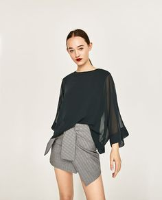 Image 2 of FLOWING TOP WITH KIMONO SLEEVES from Zara