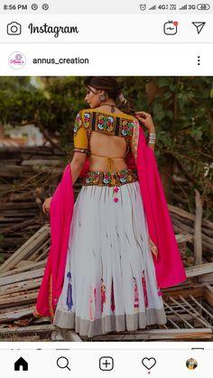 Garba Dress, Navratri Dress, Choli Dress, Choli Blouse Design, Saree Blouse Neck Designs, Choli Designs, Chanya Choli, Stylish Blouse Design, Indian Designer Outfits