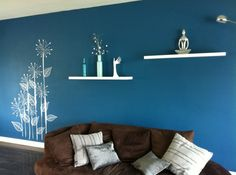 """Résultat de recherche d'images pour """"sticker mural sur mur bleu"""""""