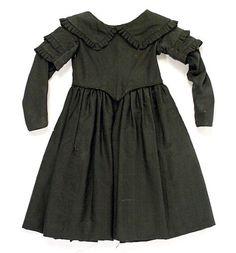 Child's mourning dress, 1844 US, the Metropolitan Museum of Art