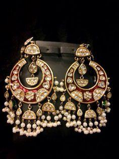 """Gulmohar- """" The Art Jewellery"""" Tikka Jewelry, Indian Jewelry Sets, Head Jewelry, Jewelry Design Earrings, India Jewelry, Jewelry Art, Wedding Jewelry, Jewelery, Silver Jewelry"""