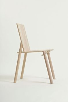 chair designed by Santi Guerrero Font, a product designer based in London.