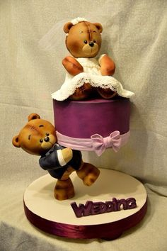 adorable bear mini wedding cake!!!