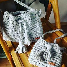 трикотажная связанная сумка
