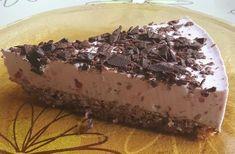 Gluten- og melkefri kake med frisk bringebærfromasj