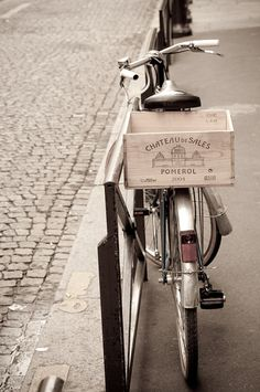 Paris Photo - Paris Bicycle on Parisian Street, with Wine Crate, France