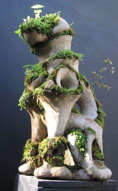 Garden sculptor Robert Cannon.