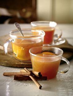 Unser beliebtes Rezept für Würziger Apfelpunsch und mehr als 55.000 weitere kostenlose Rezepte auf LECKER.de.