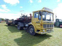 TRUCK TRAILER Classic Trucks, Classic Cars, Ashok Leyland, Commercial Vehicle, Peterbilt, Fiat, Volvo, Antique Cars, Marshall Major
