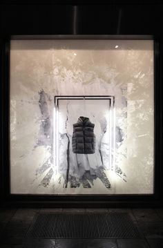Calvin Klein icebergs windows by StudioXAG Worldwide