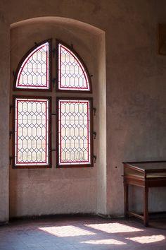 window, dry wall, exotic a bit
