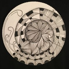 Zentangle round, black and white