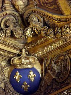 Molding Detail - Versailles