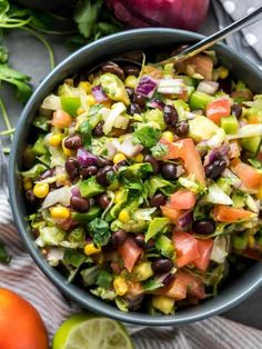 Keto Chopped Mexican Salad Easy Throw Together Chopped Mexican Side Salad. A healthy recipe that goes great with Mexican food.Easy Throw Together Chopped Mexican Side Salad. A healthy recipe that goes great with Mexican food. Mexican Chopped Salad, Mexican Salad Recipes, Mexican Salads, Best Mexican Recipes, Healthy Salad Recipes, Mexican Side Dishes, Ethnic Recipes, Salsa Ranchera, Salsa Picante