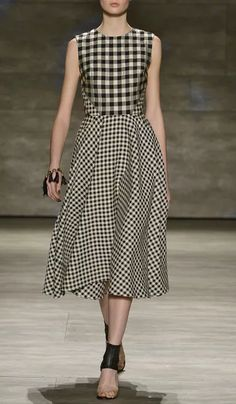Lela Rose Fall/Winter 2015 Trunkshow Look 1 on Moda Operandi