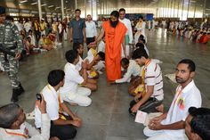 youths Taking blessings of #Yoga guru swami Ramdev at #Yuva Shivir #Patanjali Yogpeeth, #Haridwar