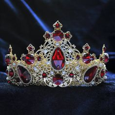 43 ideas hair accessories silver prom for 2019 – crown Royal Crowns, Tiaras And Crowns, Gold Crown, Crown Jewels, Royal Jewelry, Cute Jewelry, Jewellery, Silver Accessories, Hair Accessories