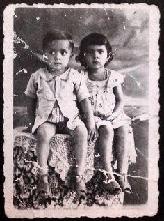 1949, retrato com irma Garanhuns