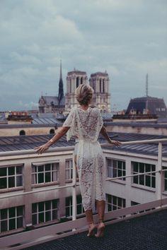 Luxury lingerie brand White lace, kimono. Toit de Paris