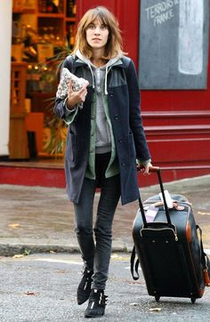 Alexa Chung you stylish minx. Carry On. Literally.