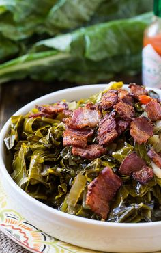 Spicy Collard Greens: The Best of Soul Food - mom. Southern Cooking Recipes, Southern Food, Southern Dishes, Collard Greens, Turnip Greens, Vegetable Dishes, Vegetable Recipes, Soul Food, Side Dishes