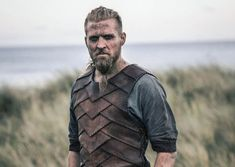 Ragnar the Younger (Tobias Santelmann) on The Last Kingdom Last Kingdom Season 2, The Last Kingdom Series, Ragnar, Winchester, Tobias Santelmann, Vikings Show, Viking Party, Netflix Releases, Viking Clothing