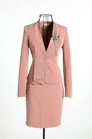 trajes con falda para mujer - Buscar con Google Vestidos Largos 7517b91a7fba