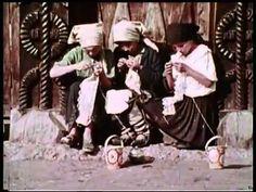 The life of a romanian village - Viata la sat - YouTube