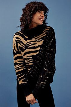 Animal Print Spliced Funnel Knitted Sweater
