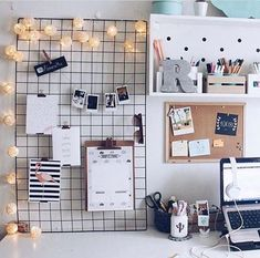 (notitle) d i y r o o m d e c o r The post d i y r o o m d e c o r appeared first on Wandgestaltung ideen. Study Room Decor, Teen Room Decor, Home Office Decor, Bedroom Decor, Office Ideas, Desk Ideas, Bedroom Ideas, Room Decor Teenage Girl, Men Office