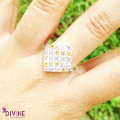 Sweet Honey es un anillo para todo tipo de ocasión, inspirando elegancia y frescura al mismo tiempo. Precio: $33.600