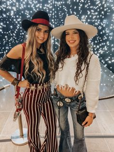The American Western Fashion The Am. - Summer Outfits The American Western Fashion The Am. Western Outfits For Women, Summer Outfits Women, Clothes For Women, Woman Outfits, Country Style Outfits, Southern Outfits, Country Western Outfits, Westerns, Western Chic