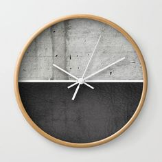 Raw Concrete and Black Leather Wall Clock - Decor Universe Led Wall Clock, Diy Clock, Clock Decor, Diy Wall Decor, Boho Decor, Beton Design, Concrete Design, Concrete Wall, Leather Wall