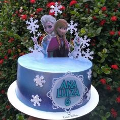 Frozen Birthday Party, Frozen Party, Bolo Frozen, Frozen Cake Decorations, Birthday Decorations, Christmas Decorations, Pirate Ship Cakes, Sweet Corner, Fake Cake