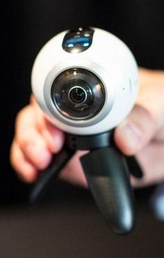 Samsung's Gear 360 camera