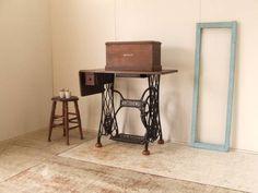 古いシンガー足踏みミシン1アンティークレトロ鉄脚テーブル インテリア 雑貨 家具 Antique sewing machine ¥8000yen 〆04月29日