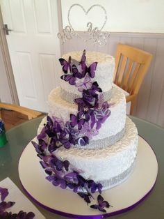Purple butterflies - by Blondie @ CakesDecor.com - cake decorating website