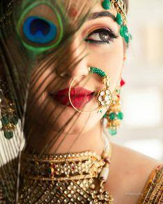 Wedding Photos Poses The Bride Lighting 28 Ideas For 2019 Indian Photoshoot, Bridal Photoshoot, Photoshoot Fashion, Bridal Poses, Bridal Portraits, Bollywood, Indian Bridal Photos, Bride Indian, Bengali Bride