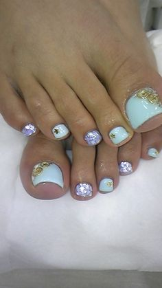 I like just the white nail with the gold star...