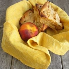 I have fresh peaches now. Peach Scones - No dry scones allowed here! These are moist and bursting with fresh, juicy peaches. Breakfast Bake, Breakfast Recipes, Snack Recipes, Breakfast Ideas, Yummy Recipes, Yummy Food, Snacks, Brown Sugar Peaches, Peach Scones