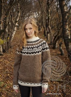 Anniversary Sweater - Free Pattern Free Knitting Pattern Iceland Wool Sweater for Adult Fair Isle Knitting Patterns, Sweater Knitting Patterns, Knitting Designs, Knit Patterns, Free Knitting, Knitting Sweaters, Norwegian Knitting, Icelandic Sweaters, Nordic Sweater