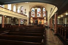 Another view inside Wesley's Chapel
