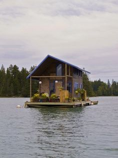 Amazing custom-built floating cabin in Perry Creek, by the island of Vinalhaven in Maine, USA.
