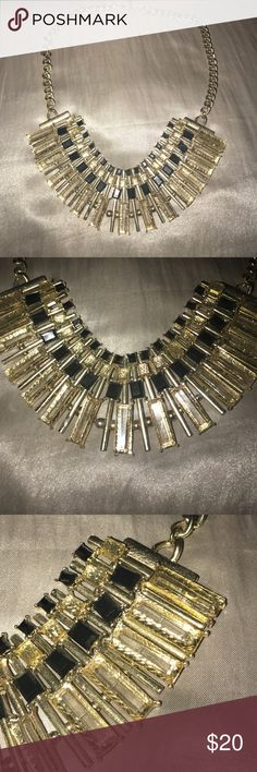✨Gold and Black necklace✨ Purchased from Akira, gold and black necklace with adjustable length! Perfect finishing touch to any outfit day or night! Make an offer! EVERYTHING must go! ❤️ AKIRA Jewelry Necklaces