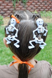 Princess Piggies: Halloween Hairdos: Dancing Skeletons