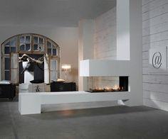 Faber Aspect Premium RD L gashaard scherpste prijs bij Kachelplaats 3 Sided Fireplace, Modern Fireplace, Fireplace Design, Beach House Bedroom, Home Bedroom, See Through Fireplace, Holland House, O Gas, Empty Room