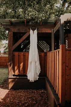 J+J: Kelowna Wedding — Kay Collective Rustic Wedding Backdrops, Country Wedding Decorations, Rustic Wedding Inspiration, Wedding Ideas, Enchanted Florist, Fit And Flare Wedding Dress, Nashville Wedding, Cool Countries, Wedding In The Woods