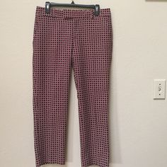 "Banana Republic patterned pants This is a cute pair of Banana Republic patterned pants. They are size 6 with an inseam of 26.5"". The colors are red, white, and navy blue, and this may be a fun pair of Fourth of July pants! Banana Republic Pants"